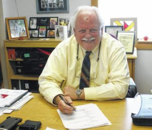 Carroll Superintendent leaves 'dream job' to pursue dreams