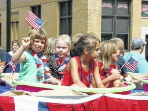 web1_TCN070815July4Parade1.jpg